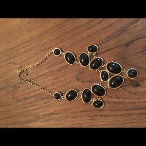 Versona Black Necklace